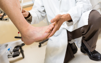 12 Common Diabetic Foot Problems and Symptoms